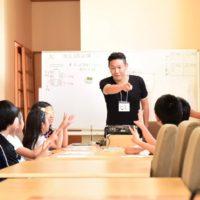 WFC主催のワクワク夏フェスタに向けた、子ども店長研修 1回目の写真。
